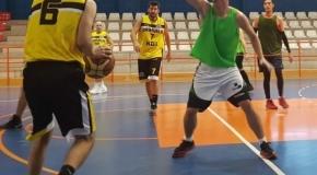 Orihuela se queda sin sus tres equipos sénior de baloncesto